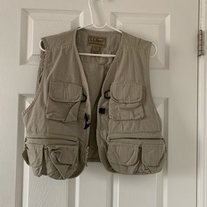 L.L. Bean tackle vest
